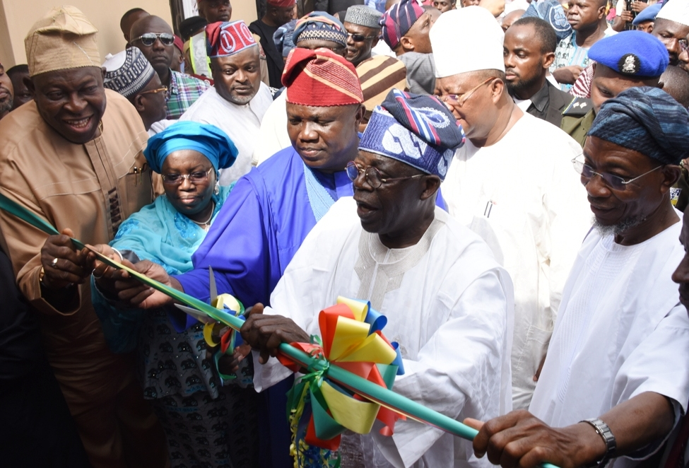 Photo of GOV. AMBODE, ASIWAJU BOLA AHMED TINUBU AT COMMISSIONING OF ABORU-ABESAN LINK BRIDGE, ADJOURNING ROADS AND PRIMARY HEALTH CARE CENTRE IN ALIMOSHO LG