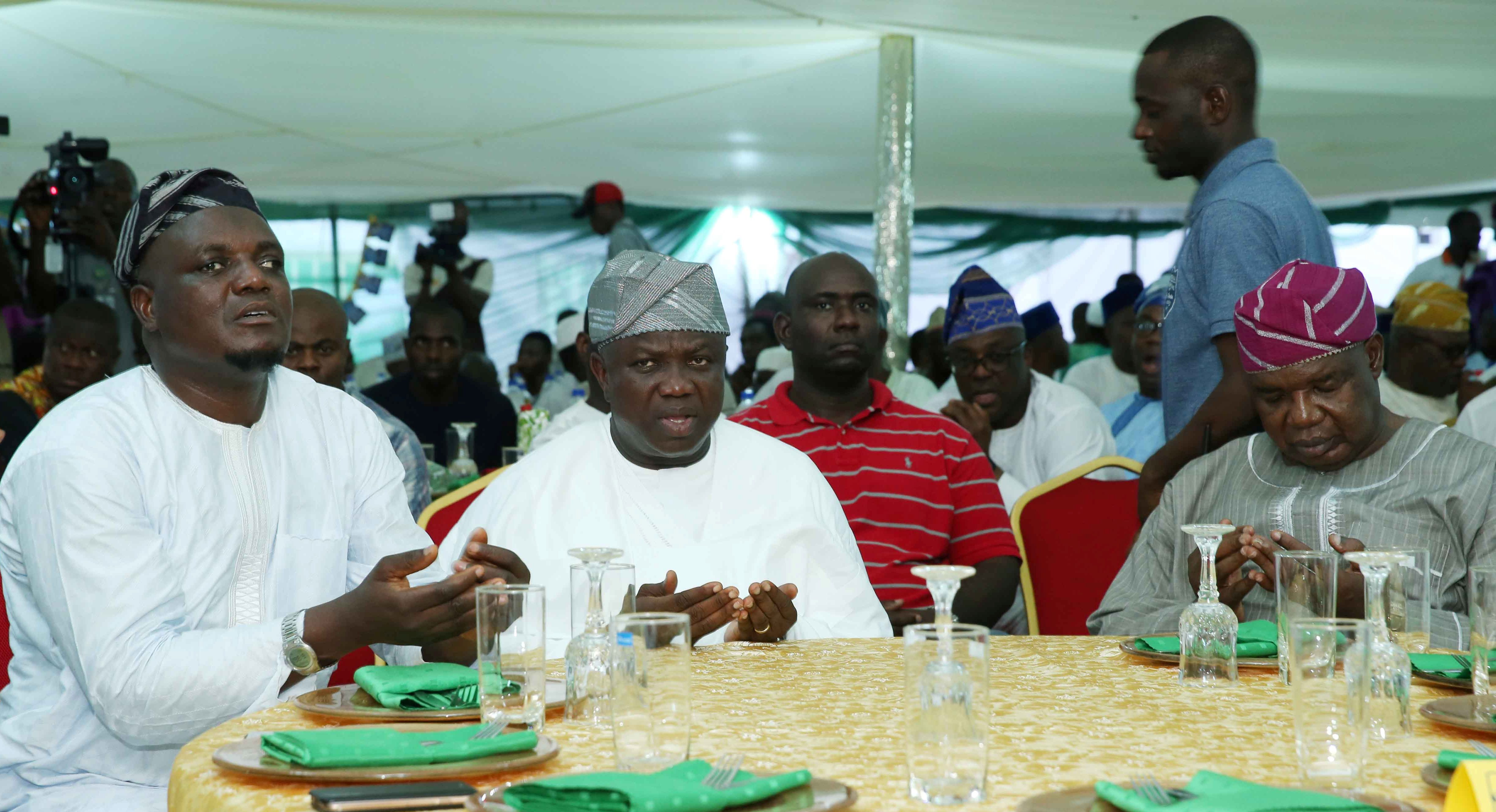 Photo of DEMOCRACY DAY: AMBODE THANKS MUSLIMS FOR STANDING BY HIM