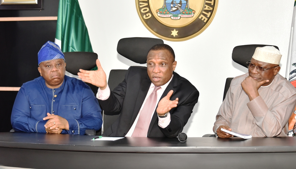 Photo of LASG MEETS WITH OKE ODO MARKET LEADERS AT LAGOS HOUSE, IKEJA