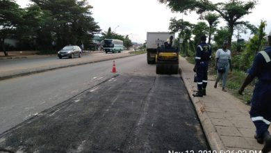 Photo of LASU Iba road, Alimosho still receiving attention…Maintenance of failed sections of the road by LSPWC still ongoing