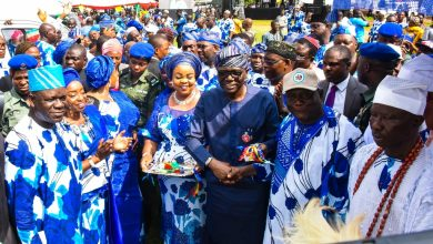 Photo of SANWO-OLU TO CDC'S: MONITOR STATE PROJECTS IN YOUR COMMUNITIES