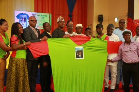 Photo of LAGOS@50 ANNIVERSARY: GROUP UNVEILS LARGEST T-SHIRT FOR CELEBRATION