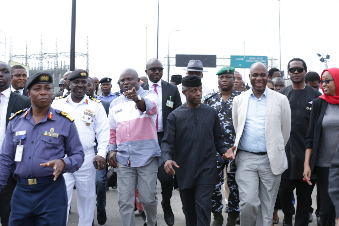 Photo of RECONSTRUCTION OF APAPA-OSHODI EXPRESSWAY BEGINS IN TWO WEEKS- OSINBAJO