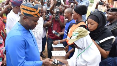 Photo of GOV. AMBODE & HIS WIFE CAST THEIR VOTES IN THE PRESIDENTIAL AND NASS ELECTIONS AT WARD A5 POLLING UNIT 033, OGUNMODEDE COLLEGE, PAPA, EPE, ON SATURDAY, FEBRUARY 23, 2019