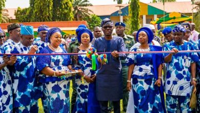 Photo of GOV. SANWO-OLU ATTENDS 2019 COMMUNITY DAY CELEBRATION AT THE POLICE COLLEGE PARADE GROUND, IKEJA