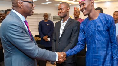 Photo of GOV. SANWO-OLU RECEIVES NANS ZONE D NEWLY ELECTED ZONAL COORDINATORS LED BY COMRADE KAPPO OLAWALE AT LAGOS HOUSE, ALAUSA, IKEJA