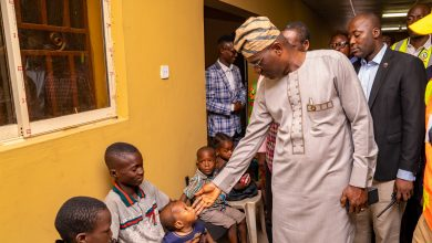 Photo of ABULE-EGBA EXPLOSION: SANWO-OLU VISITS VICTIMS AT RELIEF CAMP