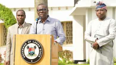 Photo of GOVERNOR SANWO-OLU BRIEFS THE PRESS ON COVID-19 PANDEMIC AT LAGOS HOUSE, MARINA, ON SUNDAY, MARCH 22, 2020