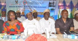 Photo of LASG CANVASSES SUPPORT FOR EPE MASTER PLAN