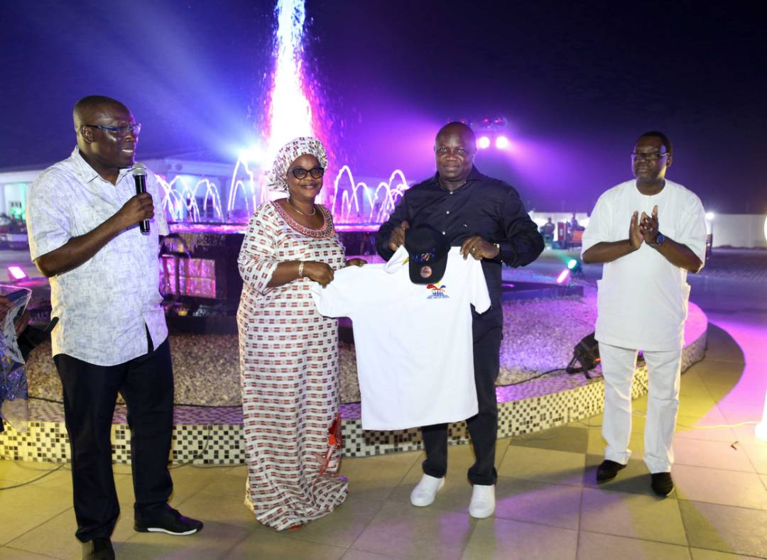 Photo of Presentation of the 2017 One Lagos Fiesta T-shirt and Cap to His Excellency, Governor Akinwunmi Ambode and his Deputy, Dr. Oluranti Adebule