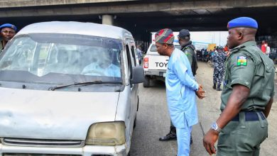 Photo of Deputy Governor Apprehends Traffic Offenders