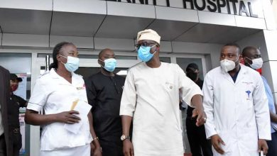 Photo of GOV. SANWO-OLU VISITS LAGOS ISLAND MATERNITY HOSPITAL, ON FRIDAY, JULY 31, 2020