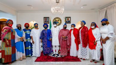 Photo of GOV. SANWO-OLU RECEIVES MEMBERS OF THE POLICE OFFICERS WIVES ASSOCIATION (POWA) LED BY WIFE OF THE INSPECTOR GENERAL OF  POLICE, HAJIA HAJARA ALKALI, AT LAGOS HOUSE, MARINA, ON SATURDAY, MAY 29, 2021.