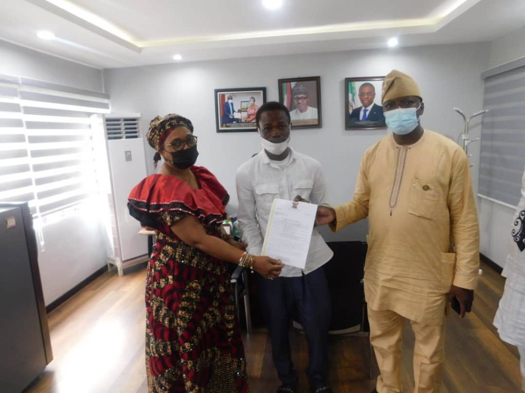 ACCIDENT VICTIM COMMENDS SANWO-OLU, HSC FOR OFFER OF EMPLOYMENT