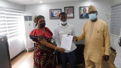 Photo of ACCIDENT VICTIM COMMENDS SANWO-OLU, HSC FOR OFFER OF EMPLOYMENT